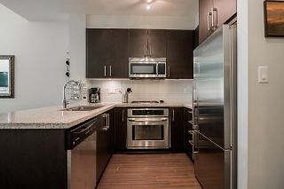 Photo 12: 409 159 W 22ND Street in North Vancouver: Central Lonsdale Condo for sale : MLS®# R2184473