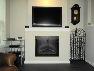 """Photo 3: 98 7938 209TH Street in Langley: Willoughby Heights Townhouse for sale in """"RED MAPLE PARK"""" : MLS®# F1415854"""