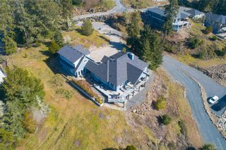 Photo 3: 7450 Thornton Hts in Sooke: Sk Silver Spray House for sale : MLS®# 836511