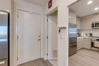 Photo 4: 207 301 10 Street NW in Calgary: Hillhurst Apartment for sale : MLS®# A1103430