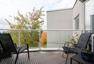 """Photo 20: 408 8430 JELLICOE Street in Vancouver: South Marine Condo for sale in """"Boardwalk"""" (Vancouver East)  : MLS®# R2620005"""