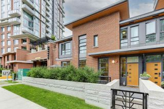 """Photo 1: 104 3096 WINDSOR Gate in Coquitlam: New Horizons Townhouse for sale in """"MANTYLA"""" : MLS®# R2589621"""