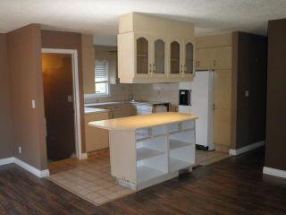 Photo 2: 5011 MARIAN Road NE in CALGARY: Marlborough Residential Detached Single Family for sale (Calgary)  : MLS®# C3535670