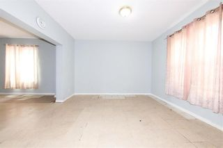 Photo 9: 427 College Avenue in Winnipeg: North End Residential for sale (4A)  : MLS®# 202110127