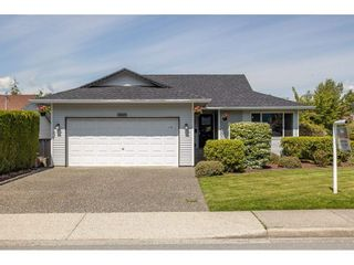 Photo 2: 33275 CHERRY Avenue in Mission: Mission BC House for sale : MLS®# R2580220