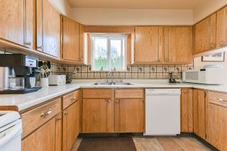 Photo 13: 7829 SUNCREST DRIVE in Surrey: East Newton House for sale : MLS®# R2382452