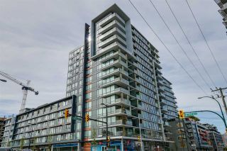 """Photo 1: 322 1783 MANITOBA Street in Vancouver: False Creek Condo for sale in """"RESIDENCES AT WEST"""" (Vancouver West)  : MLS®# R2059428"""