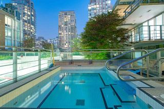 """Photo 12: 1907 565 SMITHE Street in Vancouver: Downtown VW Condo for sale in """"VITA"""" (Vancouver West)  : MLS®# R2298789"""