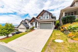 Photo 4: 5566 THOM CREEK Drive in Chilliwack: Promontory House for sale (Sardis)  : MLS®# R2590349
