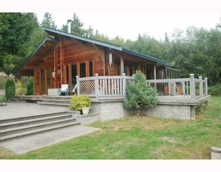 Photo 1: 980 JOE Road in Roberts_Creek: Roberts Creek House for sale (Sunshine Coast)  : MLS®# V749561