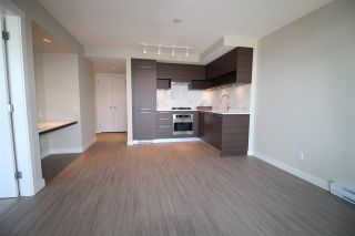 """Photo 4: 2601 570 EMERSON Street in Coquitlam: Coquitlam West Condo for sale in """"UPTOWN 2"""" : MLS®# R2194754"""