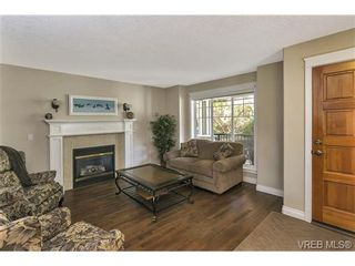 Photo 4: 3540 Sun Hills in VICTORIA: La Walfred House for sale (Langford)  : MLS®# 731718