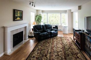 Photo 1: 202 20350 54TH Avenue in Langley: Langley City Condo for sale : MLS®# R2303516