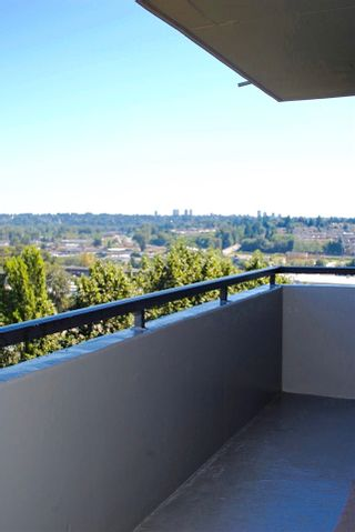 """Photo 8: 1104 2060 BELLWOOD Avenue in Burnaby: Brentwood Park Condo for sale in """"VANTAGE POINT II"""" (Burnaby North)  : MLS®# R2022257"""