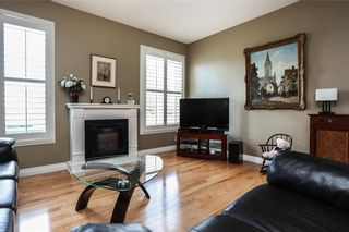Photo 2: 35 Delorme Bay in Winnipeg: Richmond Lakes Residential for sale (1Q)  : MLS®# 202123528