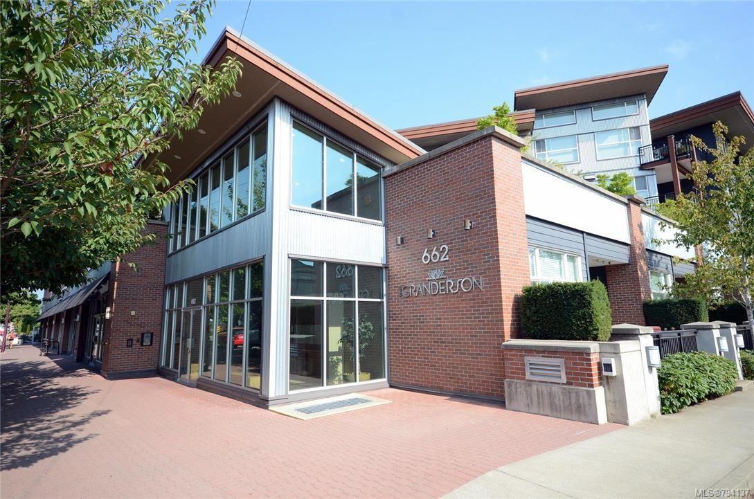 Main Photo: 404 662 Goldstream Ave in Langford: La Fairway Condo for sale : MLS®# 794137