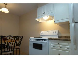 "Photo 6: 110 1200 PACIFIC Street in Coquitlam: North Coquitlam Condo for sale in ""Glenview Manor"" : MLS®# V1103999"