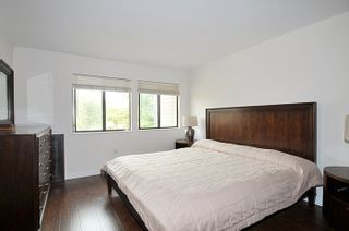 """Photo 13: 5808 MAYVIEW Circle in Burnaby: Burnaby Lake Townhouse for sale in """"ONE ARBOUR LANE"""" (Burnaby South)  : MLS®# R2193982"""