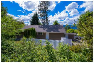 Photo 6: 1121 Southeast 1st Street in Salmon Arm: Southeast House for sale : MLS®# 10136381