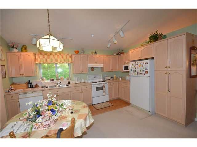 Photo 4: Photos: 3300 ROBSON Drive in Coquitlam: Hockaday House for sale : MLS®# V978068