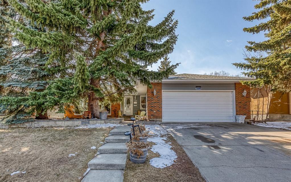 Main Photo: 164 Parkridge Place SE in Calgary: Parkland Detached for sale : MLS®# A1085419