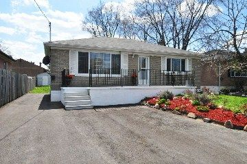 Main Photo: 7132 Honeysuckle Avenue in Mississauga: Malton House (Bungalow) for sale : MLS®# W2769466