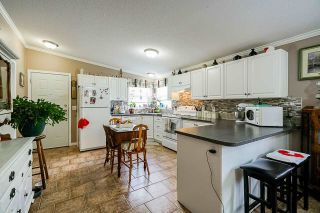 Photo 4: 41521 HENDERSON Road: Columbia Valley House for sale (Cultus Lake)  : MLS®# R2383034