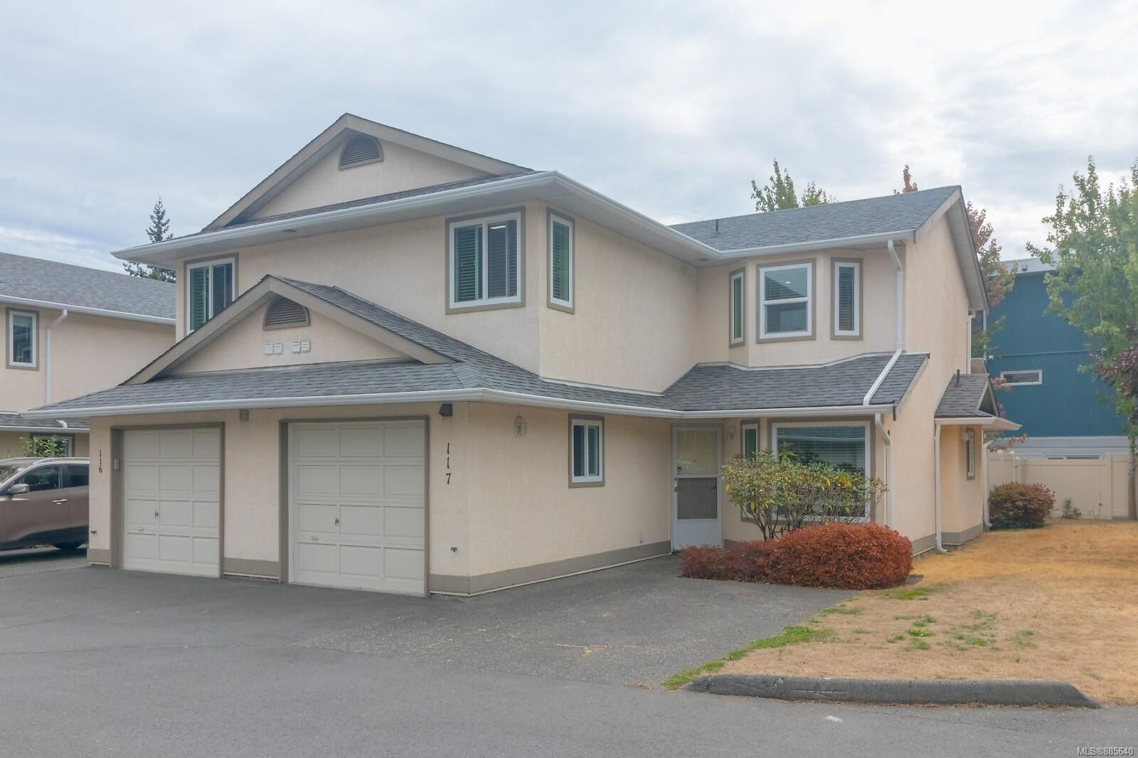 Main Photo: 117 2723 Jacklin Rd in : La Langford Proper Row/Townhouse for sale (Langford)  : MLS®# 885640