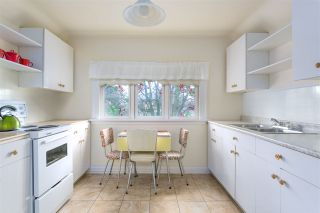 """Photo 15: 1697 E 22ND Avenue in Vancouver: Victoria VE House for sale in """"CEDAR COTTAGE"""" (Vancouver East)  : MLS®# R2150016"""