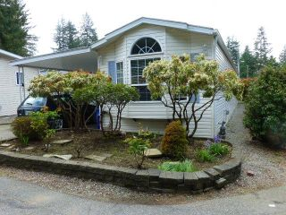 """Photo 1: 26 24330 FRASER Highway in Langley: Otter District Manufactured Home for sale in """"LANGLEY GROVE ESTATES"""" : MLS®# R2264005"""