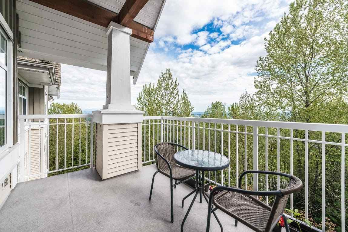 """Photo 13: Photos: 404 1438 PARKWAY Boulevard in Coquitlam: Westwood Plateau Condo for sale in """"MONTREUX"""" : MLS®# R2161413"""