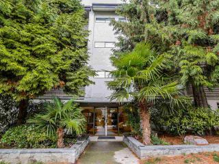"""Photo 13: 401 423 AGNES Street in New Westminster: Downtown NW Condo for sale in """"THE RIDGEVIEW LOFTS & CONDOS"""" : MLS®# R2087236"""