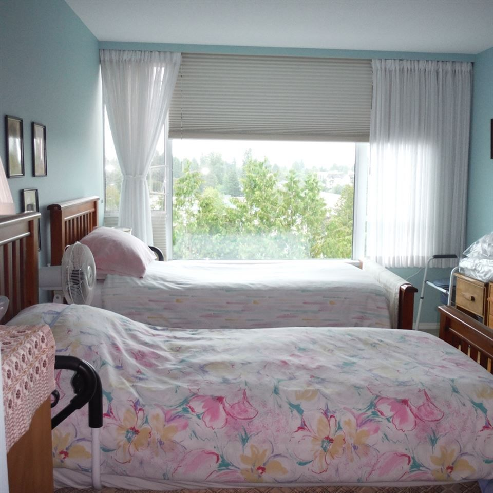 """Photo 13: Photos: 806 12148 224 Street in Maple Ridge: East Central Condo for sale in """"PANORAMA"""" : MLS®# R2285555"""