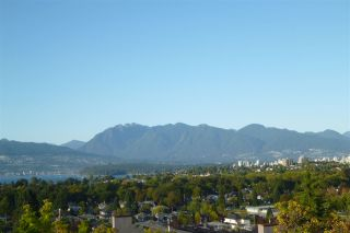 """Photo 17: 3240 W 21ST Avenue in Vancouver: Dunbar House for sale in """"Dunbar"""" (Vancouver West)  : MLS®# R2000254"""