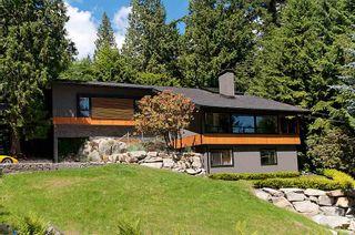Photo 2: 3985 BAYRIDGE Avenue in West Vancouver: Bayridge House for sale : MLS®# R2546277