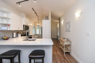 Photo 10: 213 930 Braidwood Rd in : CV Courtenay City Row/Townhouse for sale (Comox Valley)  : MLS®# 878320