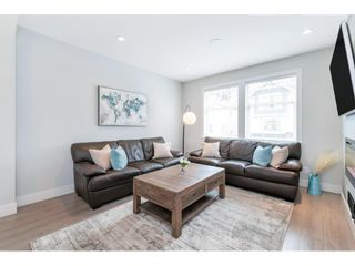 """Photo 5: 17 15717 MOUNTAIN VIEW Drive in Surrey: Grandview Surrey Townhouse for sale in """"Olivia"""" (South Surrey White Rock)  : MLS®# R2572266"""