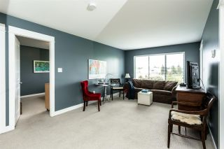 """Photo 3: 216 32725 GEORGE FERGUSON Way in Abbotsford: Abbotsford West Condo for sale in """"Uptown"""" : MLS®# R2413397"""