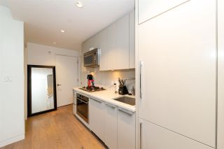 """Photo 8: 305 2211 CAMBIE Street in Vancouver: Fairview VW Condo for sale in """"South Creek Landing"""" (Vancouver West)  : MLS®# R2543227"""
