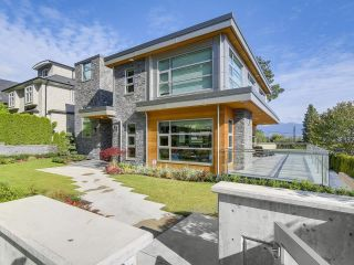 Photo 2: 3309 W 19TH Avenue in Vancouver: Dunbar House for sale (Vancouver West)  : MLS®# R2603407
