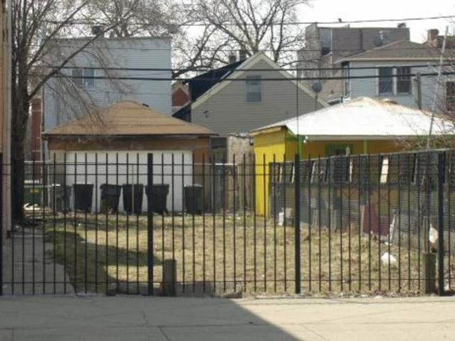 Main Photo: 2621 W Division Street in Chicago: CHI - West Town Land for sale ()  : MLS®# 11017066