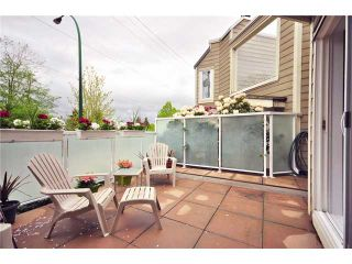 """Photo 8: F8 1100 W 6TH Avenue in Vancouver: Fairview VW Townhouse for sale in """"FAIRVIEW PLACE"""" (Vancouver West)  : MLS®# V828284"""