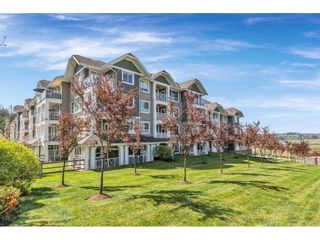 """Photo 1: 113 16398 64 Avenue in Surrey: Cloverdale BC Condo for sale in """"The Ridge at Bose Farms"""" (Cloverdale)  : MLS®# R2570925"""