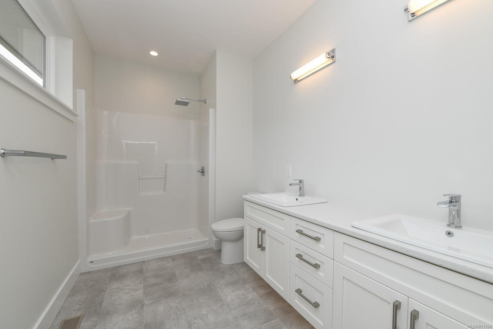 Photo 25: Photos: 68 Grayhawk Pl in : CV Courtenay City House for sale (Comox Valley)  : MLS®# 871354