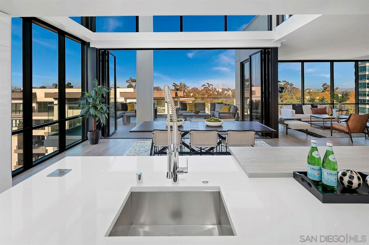 Main Photo: DOWNTOWN Condo for sale : 2 bedrooms : 2604 5th Ave #901 in San Diego
