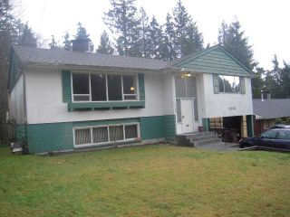 "Photo 1: 2250 HOSKINS Road in North Vancouver: Westlynn Terrace House for sale in ""Westlynn Terrace"" : MLS®# V927415"