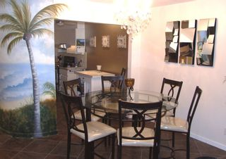 Photo 4: 210 14965 Marine Dr in Pacifica: Home for sale