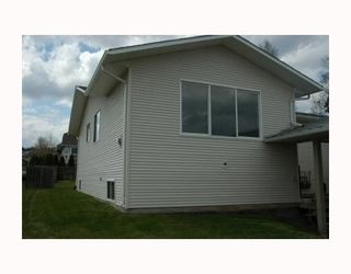Photo 10: 8316 ST JOHN Crescent in Prince George: N74ST 1/2 Duplex for sale (PG City South (Zone 74))  : MLS®# N172151