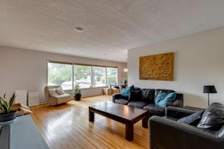 Photo 4: 7 Stanley Place SW in Calgary: Parkhill Detached for sale : MLS®# A1134592