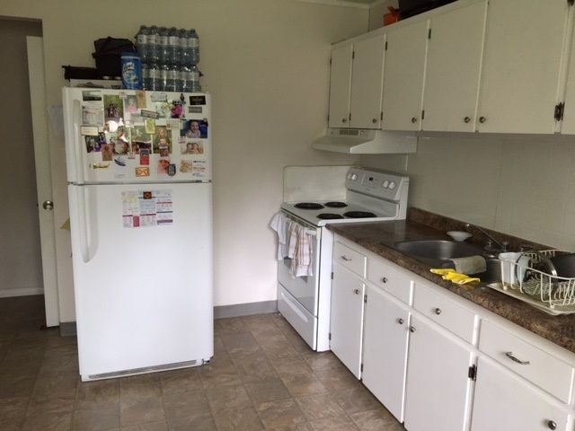 """Photo 5: Photos: 501 - 503 WILLOW Street in Quesnel: Red Bluff/Dragon Lake Duplex for sale in """"RED BLUFF"""" (Quesnel (Zone 28))  : MLS®# R2459362"""